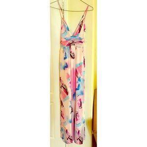 Tea & cup backless maxi dress